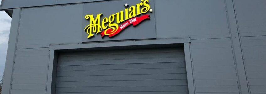 Световая вывеска Meguiars